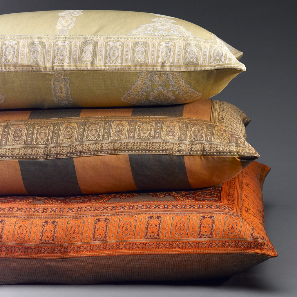 Persia luxury jacquard sheets with alternate flange construction.